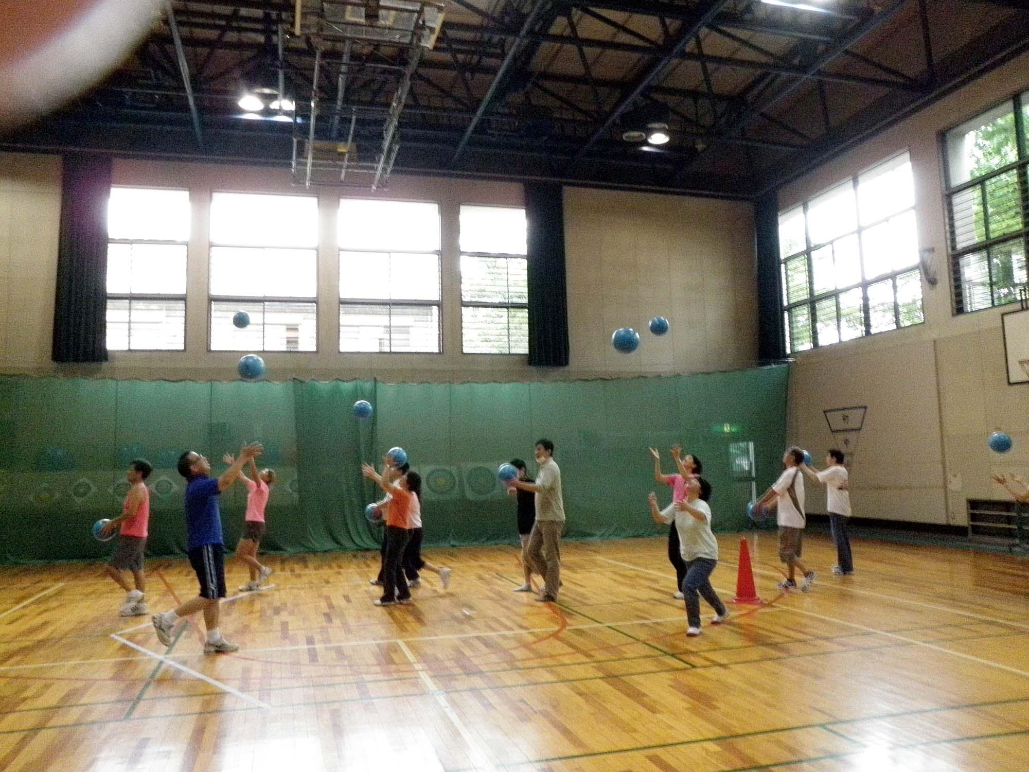 P6130130 - リズム体操教室より ・・・リズムに合わせて楽しく体を動かしています