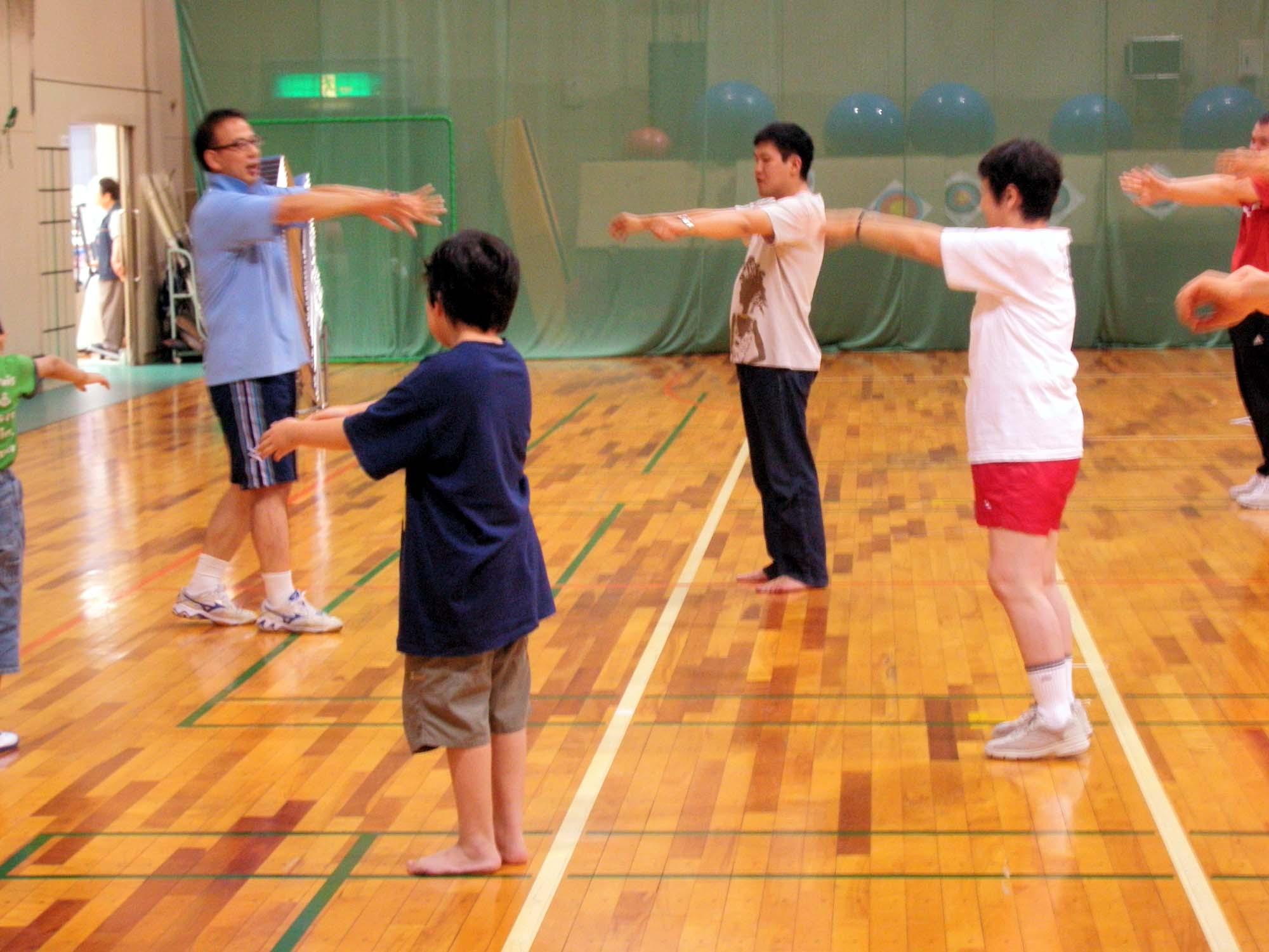 P7050288 - リズム体操教室より ・・・リズムに合わせて楽しく体を動かしています。