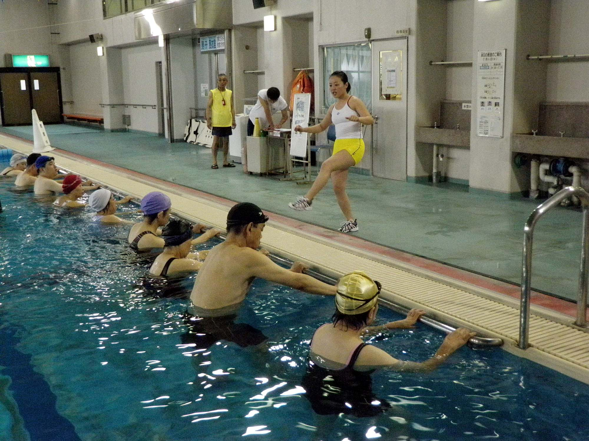 P7060290 - 水中運動教室より ・・・今年度も月二回行っています!
