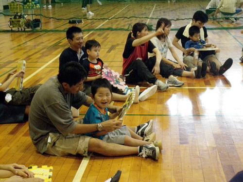 P8220445 - 親子で楽しむキッズ体操クラブより ・・・楽しく体操しています。