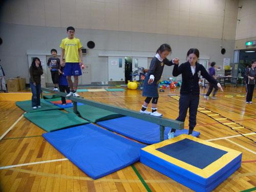 RIMG3136 - 親子で楽しむ体操教室より ・・・3クラスで実施しています。