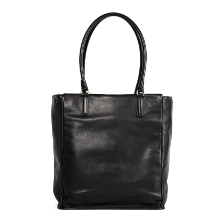 レディースバッグで人気の黒トート