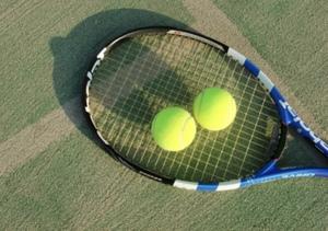 ワイワイ✨インドア硬式テニス!