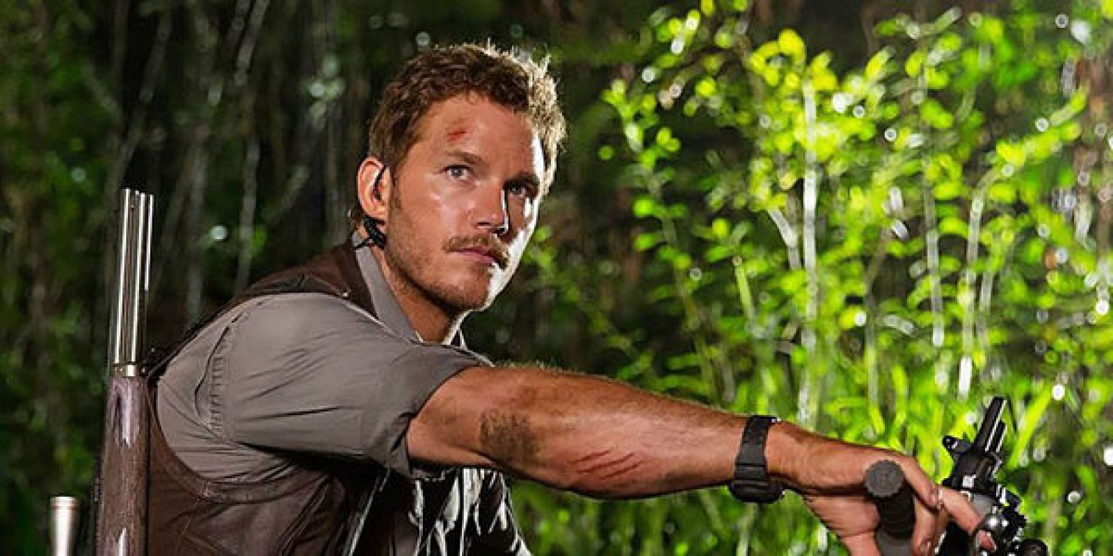 jurassic-world-chris-pratt.jpg
