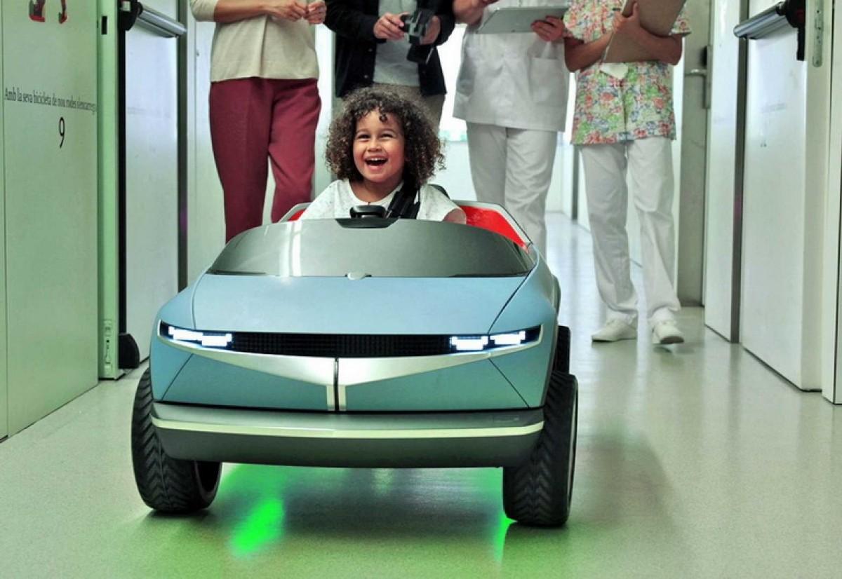 迷你版Hyundai 45 EV替病童帶來全新的醫療體驗