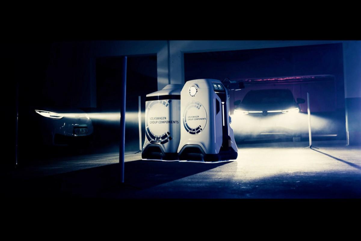 充電孔我要進來囉,Volkswagen公布充電機器人原型,以後讓充電設備來找你