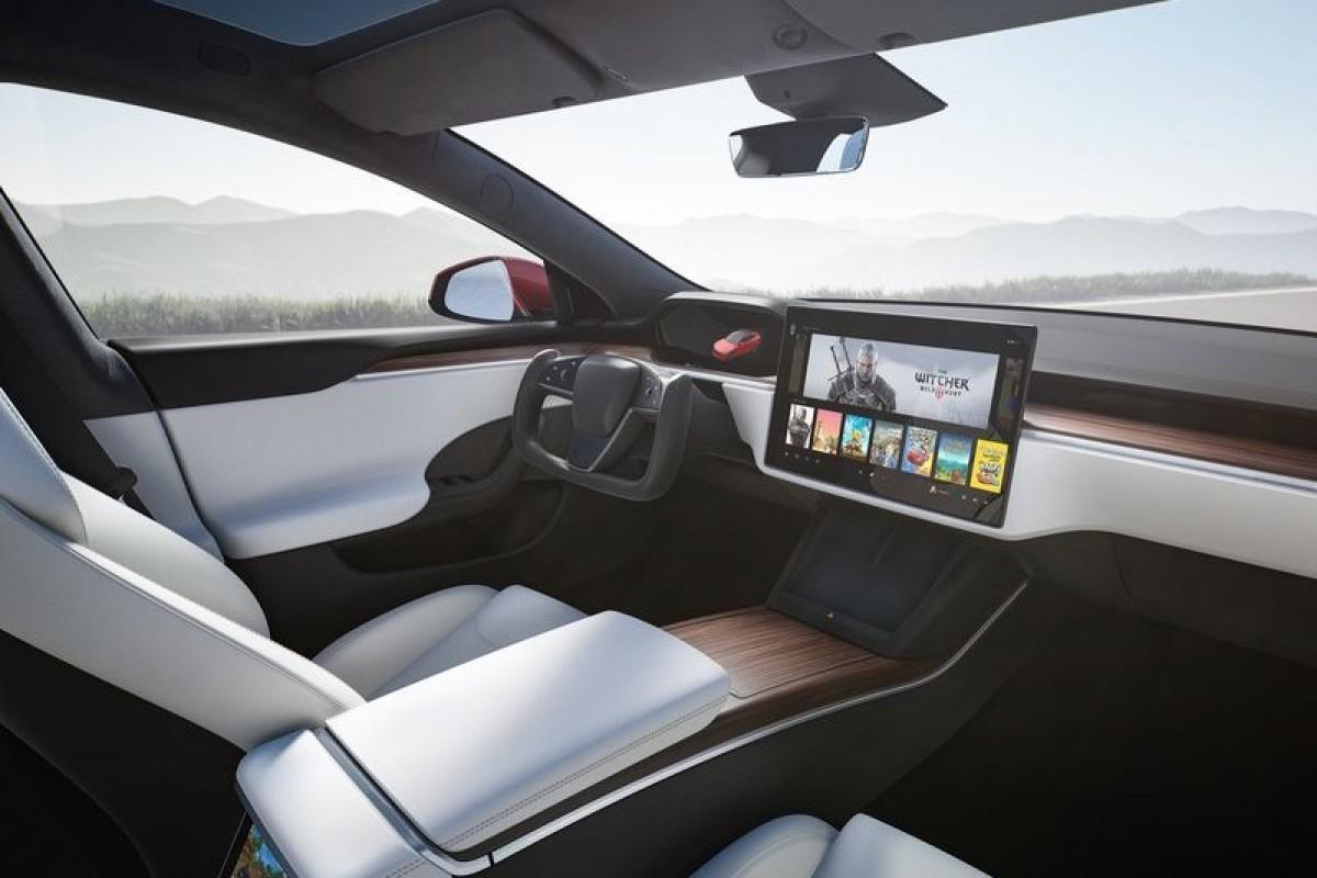 調查報告顯示,Tesla Model S方向盤好看,實際使用卻飽受痛苦