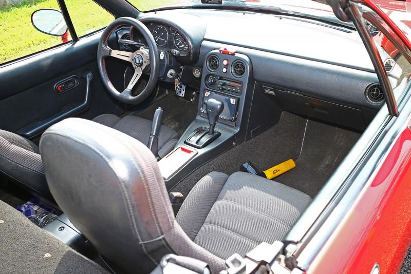 1989年問世的初代NA MX-5,以其緊緻的體積以及雋永的設計一舉創造全新小型Roadster盛世。
