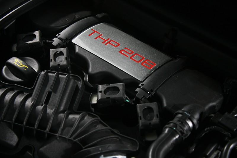 208匹THP引擎為了符應車名而來,快?自是理所當然。