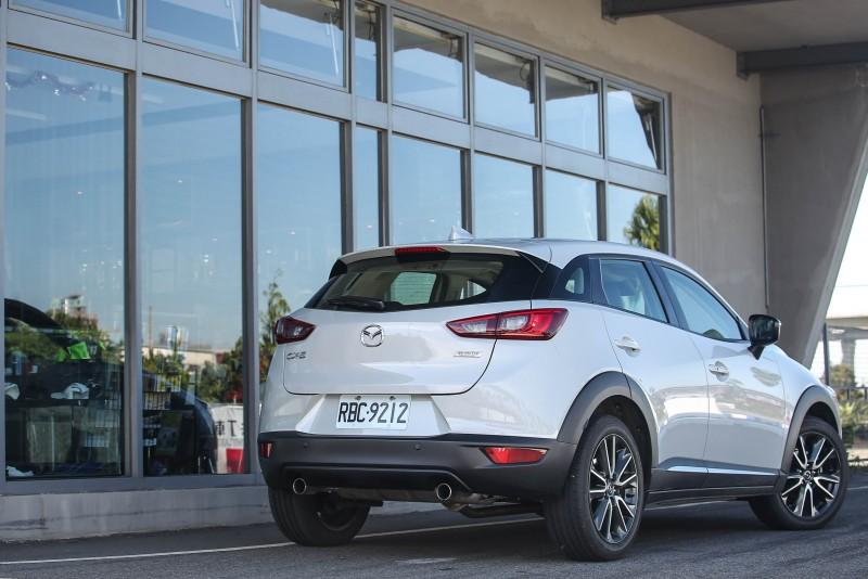 以Mazda2基礎衍生,CX-3切入近年來都會中大星其道的小型跨界休旅級距。