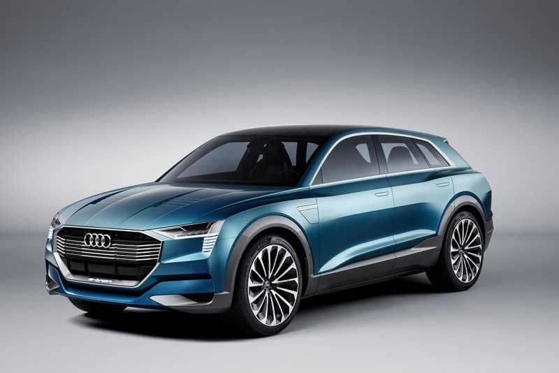法蘭克福車展正式亮相的概念車款Audi e-tron quattro concept 也同步獲得iF設計金獎的最高榮耀