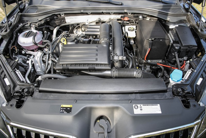 搭載1.4升渦輪增壓汽油引擎,具備150hp/5000~6000rpm最大馬力與25.5kgm/1500~3500rpm最大扭力輸出。