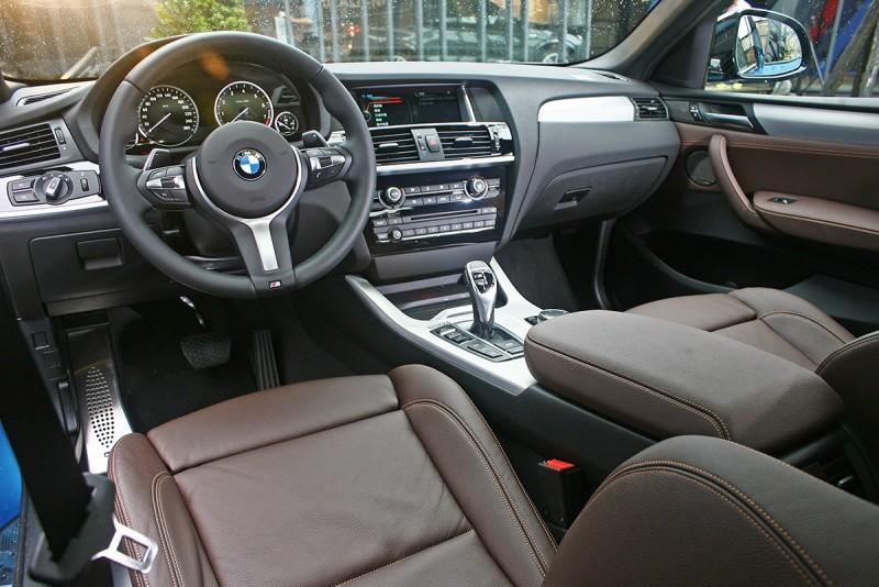 透過大量M款套件妝點,X4 M40i的車室更顯年輕律動。
