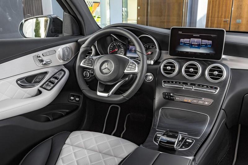 全新現身GLC Coupe擁有全然與X4相類的設定與規劃,屆時尚是絕對需要好好比拼一番。