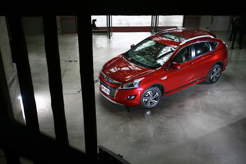 Luxgen U6 Turbo Eco Hyper Sports+以不到90萬元的售價,提供喜好國產運動型SUV車主一個更具魅力的選項。