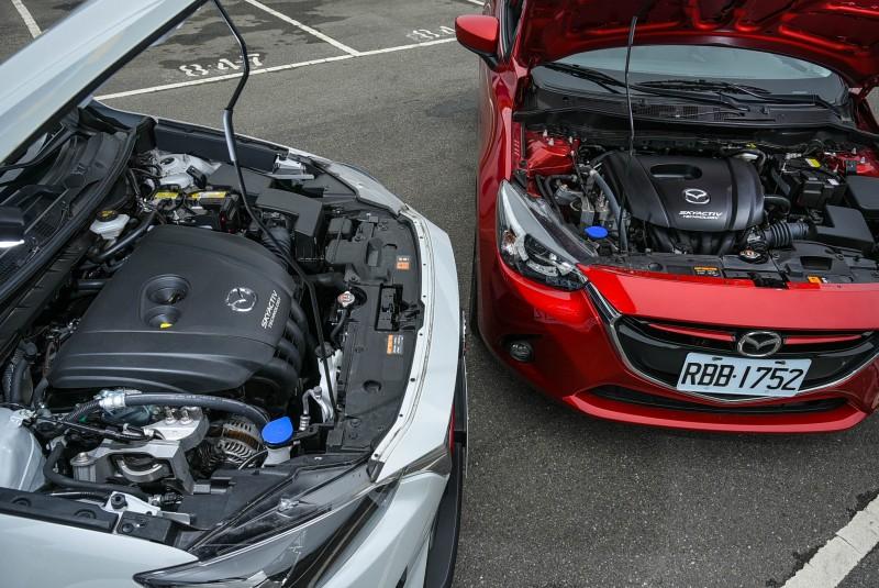 相同的底盤基礎,卻置入了截然不同的引擎規格,若再從引擎排氣量切入,絕對無法發現兩者的共通性。
