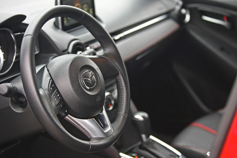 短小精幹的Mazda 2符合夠用就好的新時代價值觀,重點是,它也沒有什麼會讓你感到匱乏或不足的。