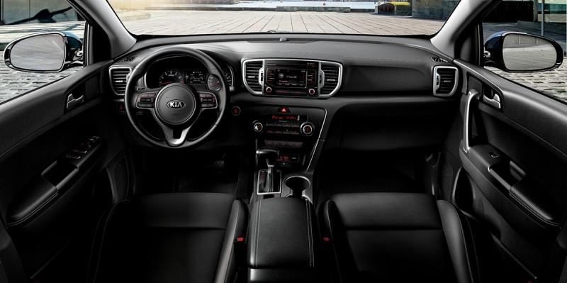 全新KIA SPORTAGE擁有德式高質感座艙設計,並提供寬敞舒適的車室空間。