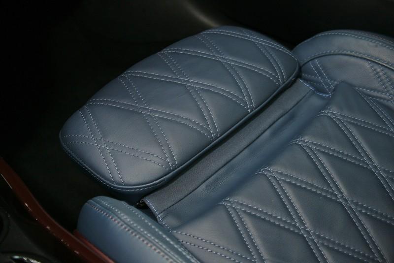 選配的前座還配有椅墊延伸機制。