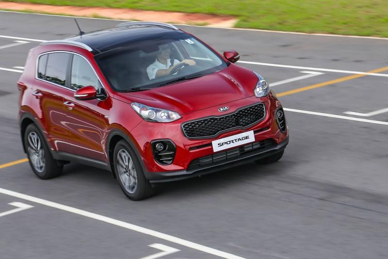 2.0升柴油動力依舊展現扭力優勢,起步與出彎加速都有充沛的加速力道。