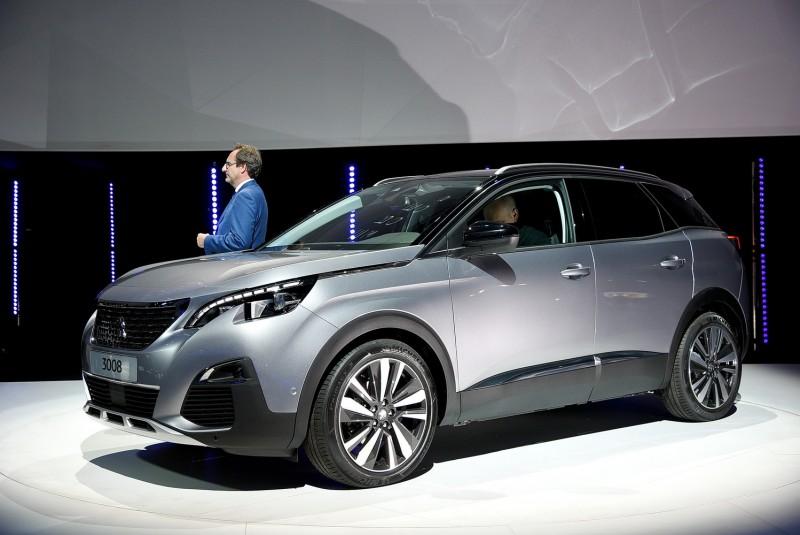 與2008採用相同造型元素,3008以SUV姿態重生,較大的車身尺碼更顯得魁武有張力