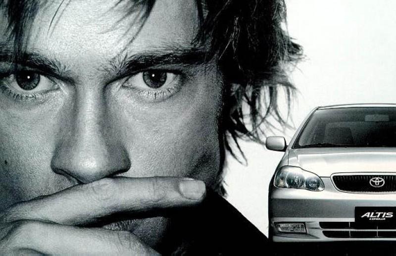 Toyota Altis與Brad Pitt同台演出,至今讓人印象深刻!