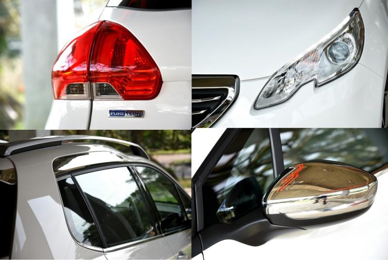 車尾特別標上PureTech銘牌,後視鏡外殼採高亮銀鍍鉻外觀,與後門上方及尾翼鍍鉻飾板相呼應