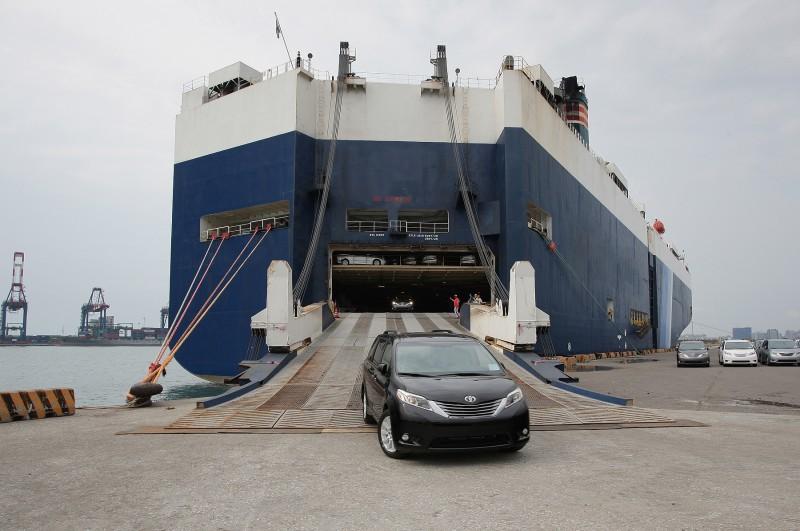 首批由和泰汽車引進之Sienna車型於6/9正式抵台。
