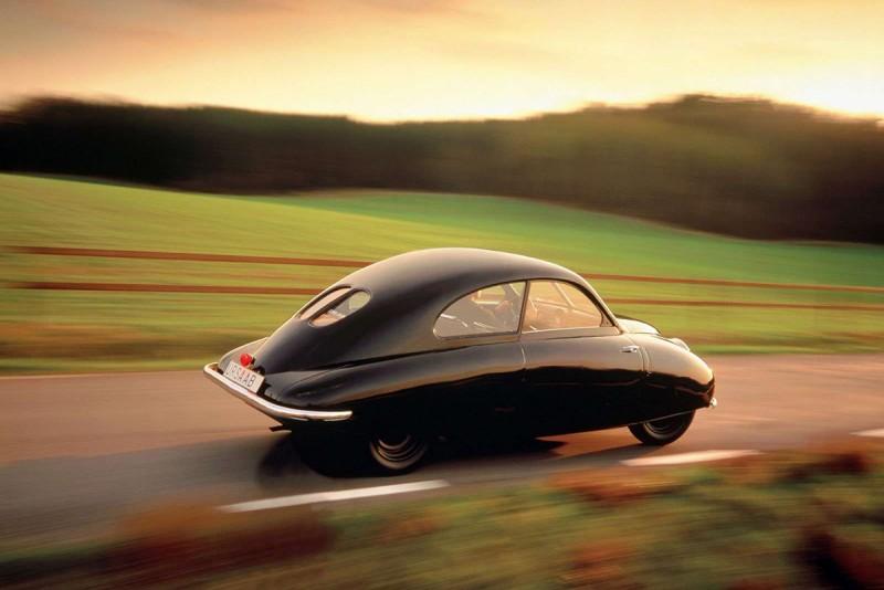 這是1947年的Ursaab概念車,也就是後來導生出經典92的第一款Saab。