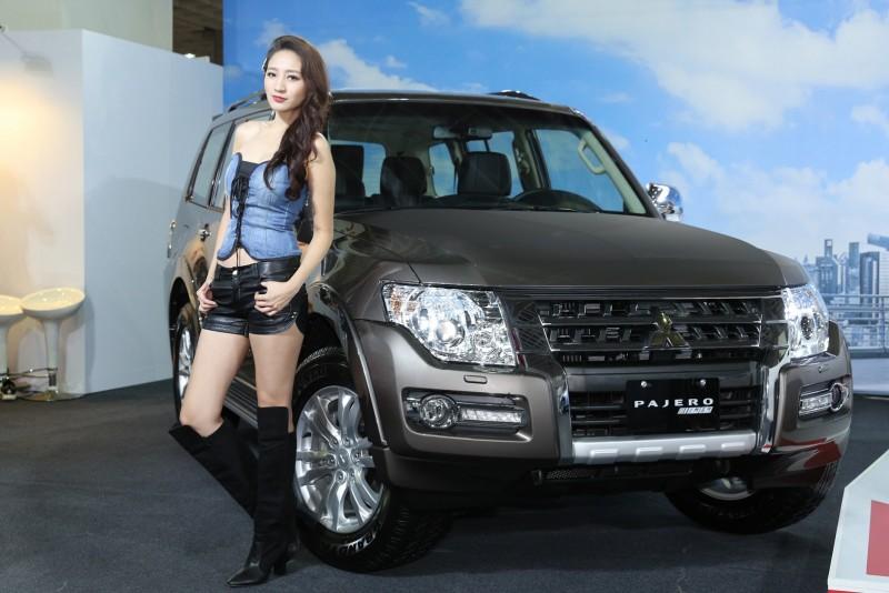 新年式進口車Pajero新增安全配備胎壓偵測器
