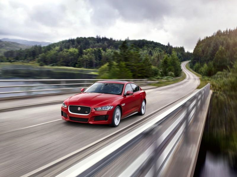 Jaguar全鋁合金車體四門跑車XE,本月入主贈一年乙式全險以及5年或5萬公里免費保養!