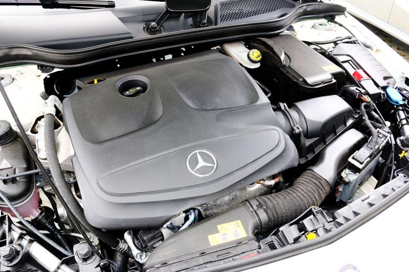 搭載的2.0升渦輪增壓引擎,可輸出218hp最大馬力與350Nm之峰值扭力。