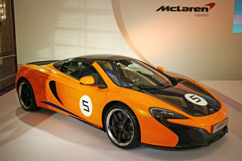 為慶祝1966年Can-Am大賽開辦的50週年,McLaren客製化部門MSO以當時的McLaren Can-Am賽車設計為主題,以McLare
