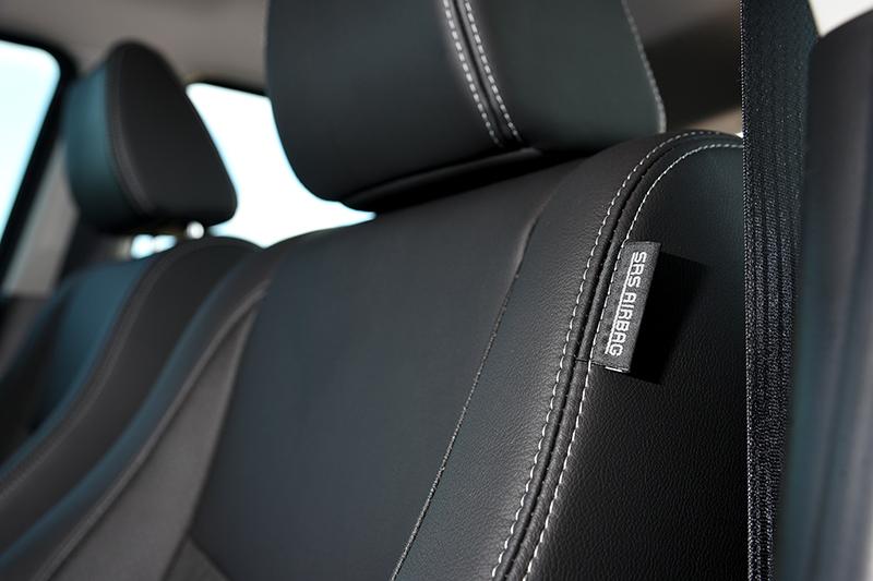 周延的安全配備當然也是SUZUKI SWIFT 2 Tone特仕版值得一提的重點,全車六氣囊環繞,完整守護全車乘員的安全。