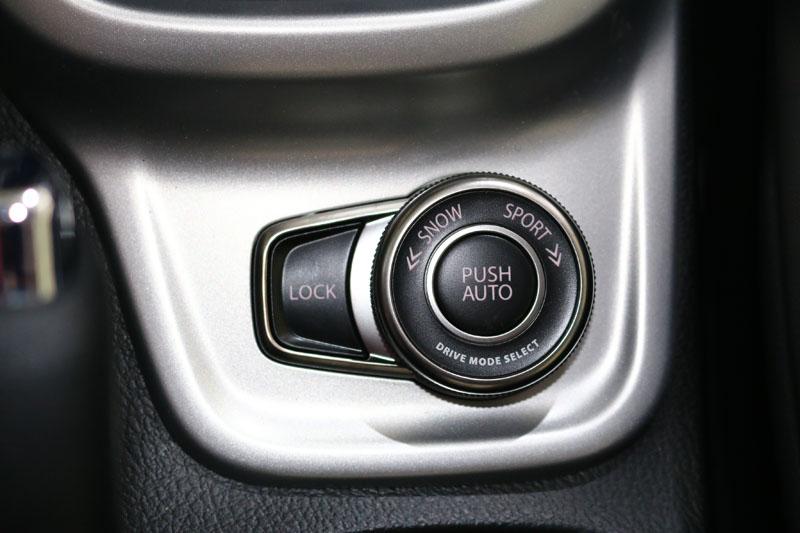 4WD車型搭載ALLGRIP智慧型四輪驅動系統,還具備了自動、運動、雪地以及越野鎖定四種模式,可對應不同地形與狀況做切換。