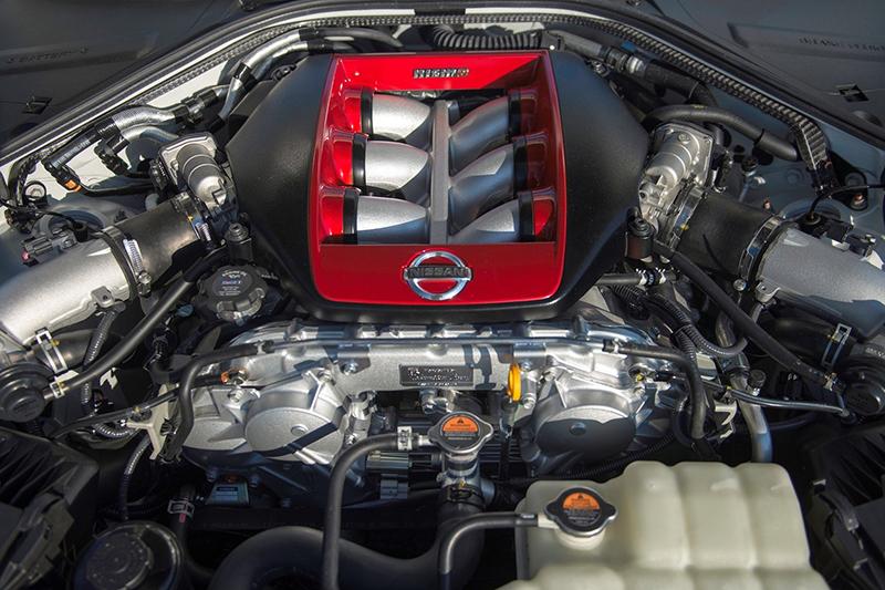同樣3.8升雙渦輪增壓引擎在透過更換GT3渦輪增壓器以及周邊調效後,可榨出600hp最大馬力。