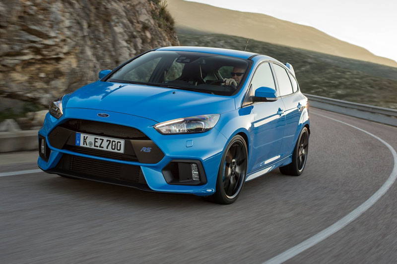 •	Ford Focus RS