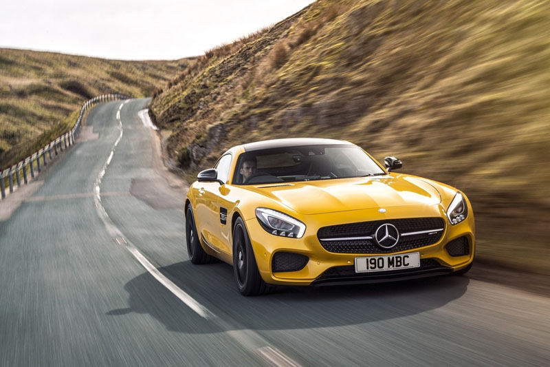 •	Mercedes-AMG GT S