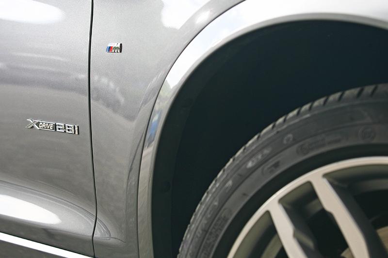 許多外觀細節都看得出M Sport Edition套件鬼斧神工的痕跡。