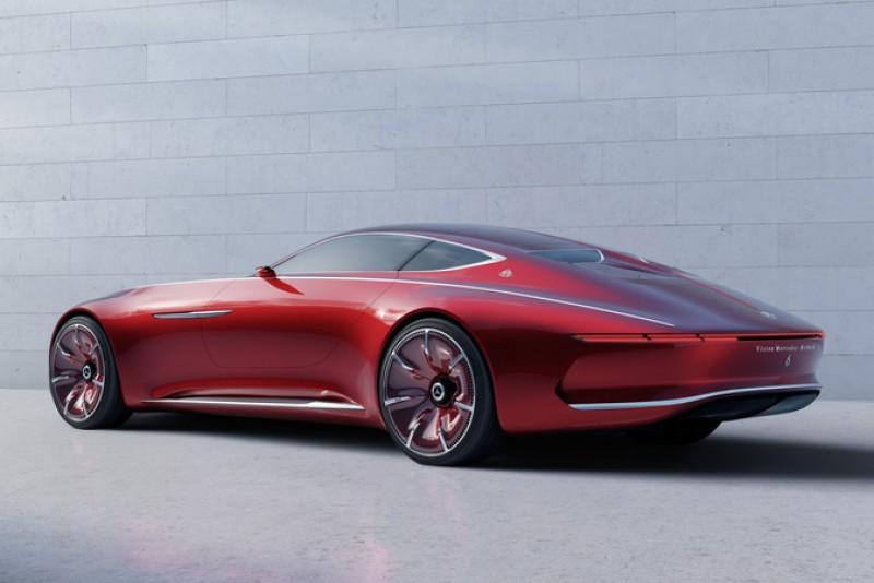 修長的造型相當美艷動人,看來應當不是S-Class的雙生車,而將會擁有更高一階的產品定位。