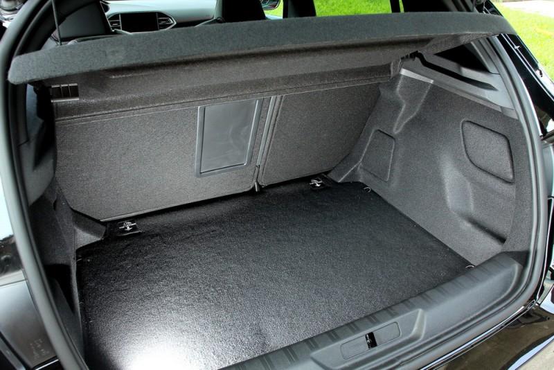 五門掀背實用空間機能是308 GTi by Peugeot Sport一大優勢
