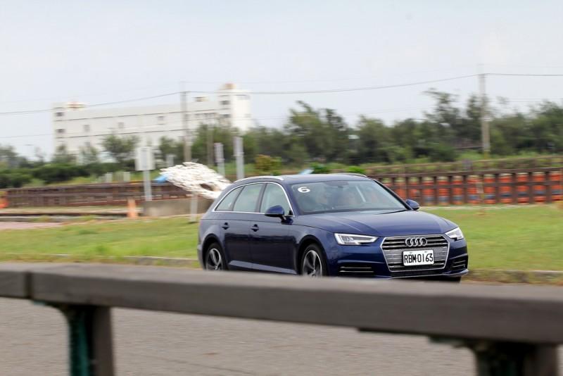 新底盤讓A4 Avant具備紮實輕快的行路表現,前驅的40 TFSI動力駕馭感受比45 TFSI更均衡