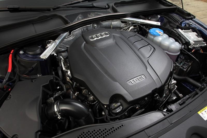 A4 Avant 40 TFSI與45TFSI搭載同一具2.0升四缸渦輪增壓引擎,但輸出調降至190hp/32.6kgm