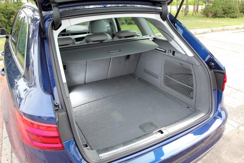 A4 Avant行李廂開口絕對是好用的方正,不但地板夠平整,兩邊都有座椅快速傾倒開關