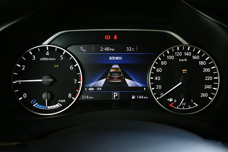 ICC智慧巡航系統、PFCW預防碰撞警示系統、FEB前方緊急輔助煞車系統、BSW盲點警示系統、DAA駕駛注意力警示系統、RCTA倒車車側預警系統都列為標準配備。