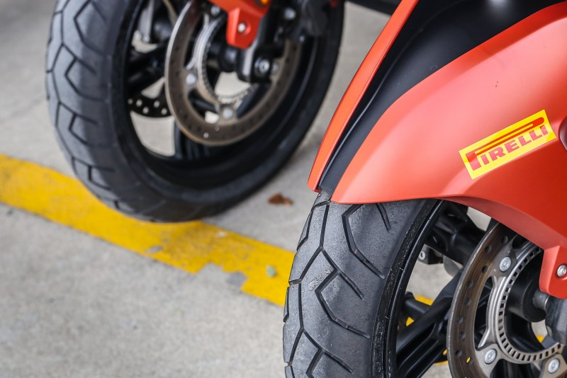 DIABLO SCOOTER SC則一如名稱所述在原有的DIABLO SCOOTER胎款基礎上導入了SC賽車胎之特殊配方。