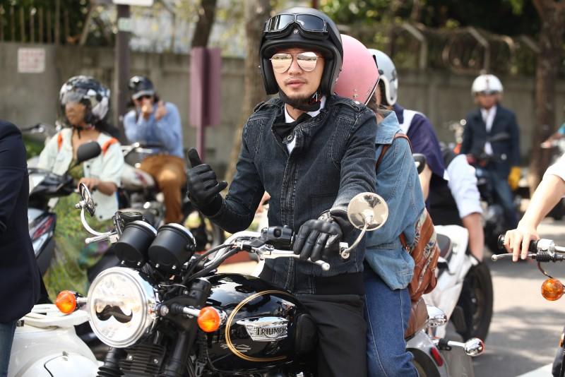 全球知名The Distinguished Gentlemen's Ride紳士路騎活動 起源於2012年澳洲雪梨,宣導男性提升健康意識,紳士裝扮繞騎響應 三大特色紳士西裝、翹鬍子風、顛覆傳統