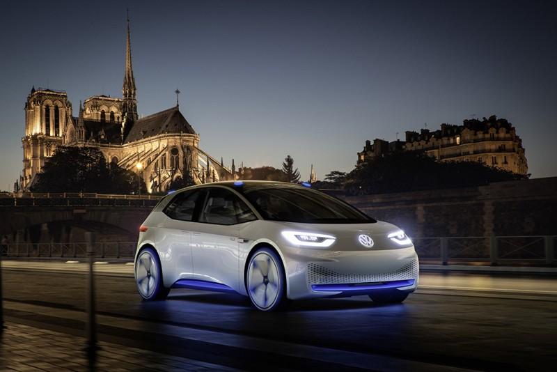 Volkswagen I.D.以其卓越動能與優異行駛里程、以及智慧駕控之技術創新,宣告Volkswagen追求零排放的策略目標,更向全世界展演電動與智能車款的嶄新詮釋與獨到見解。