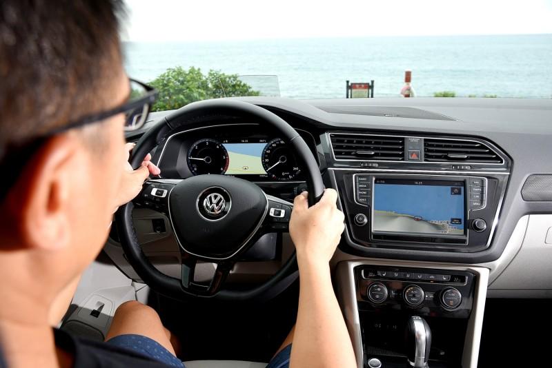 簡潔的內裝設計,駕駛Tiguan既輕鬆愉快又容易上手