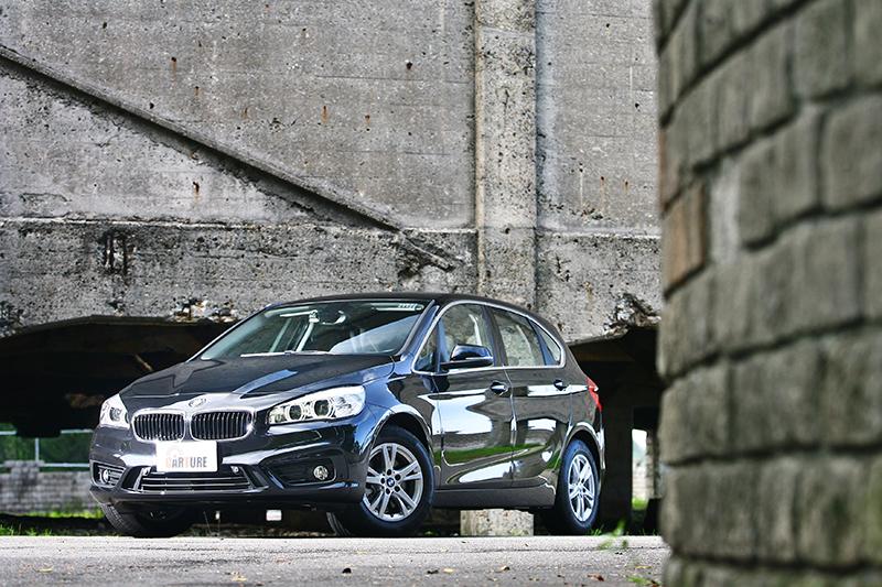 依照自身個性出發,150萬購車區間最終選定購車標的為BMW 218i Active Tourer。